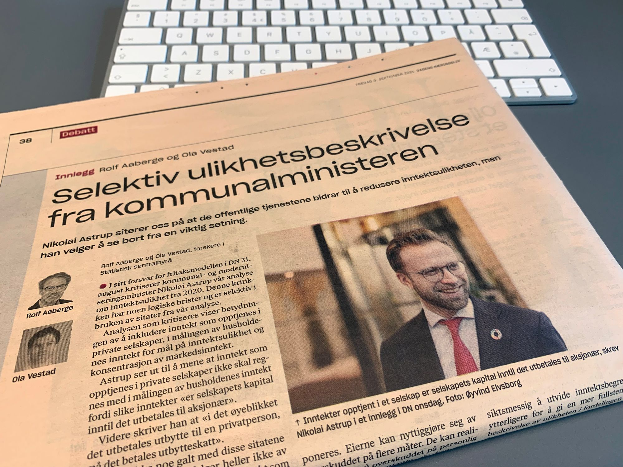 Fotografi av av Dagens Næringsliv med sak om fritaksmetoden (3.9.2021).